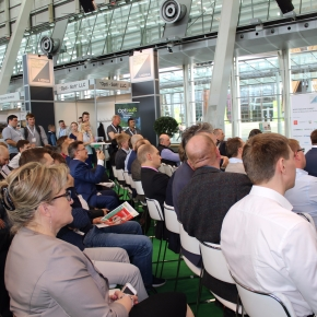 WhatWood chief editor Kirill Baranov gave a report at the Ligna trade fair in Hanover