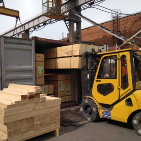 For 18 years Sveza has increased the volume of shipment of plywood in sea containers by 30 times