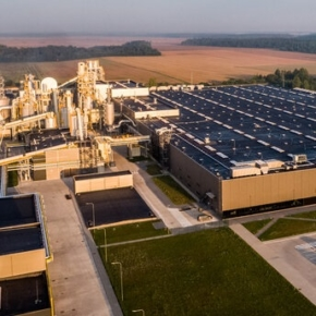 VMG opened one of the largest particle board factories in Europe