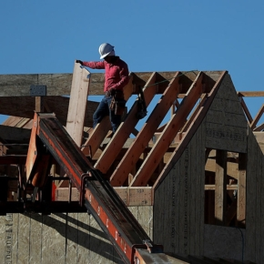 US housing starts drop 10.3% in February 2021