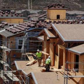 US housing starts slow — builder optimism falls