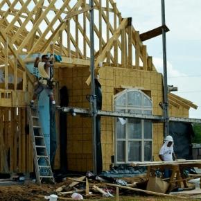 U.S. housing starts rise in June