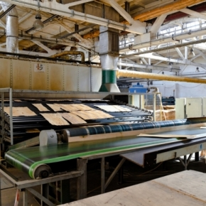 By 2025, Smolensk Woodworking Plant is planning to increase its plywood output to 50,000 m³ per year