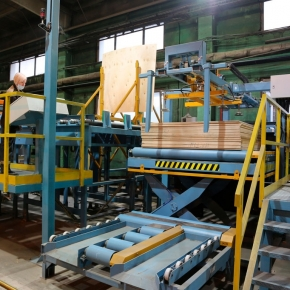 Automatic plywood sorting line installed at Cherepovets Plywood and Furniture Mill