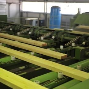 В октябре 2015 г. продажи российских хвойных пиломатериалов в Китай выросли на 15% до 925 тыс. м3