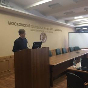 Главный редактор WhatWood Кирилл Баранов выступил перед делегацией Лесной службы Индии