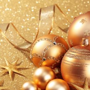 Команда агентства лесопромышленной аналитики WhatWood поздравляет своих коллег, партнеров и клиентов с наступающими новогодними праздниками