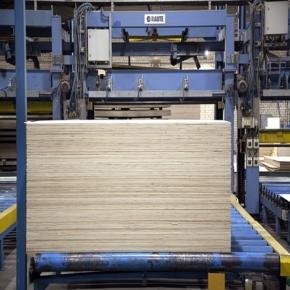 В 2018 г. производство фанеры в России впервые в истории превысило 4 млн м3
