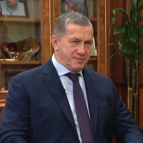 Правительство РФ обсуждает возможность создания госкомпании, которая будет обладать исключительным правом на экспорт круглых лесоматериалов