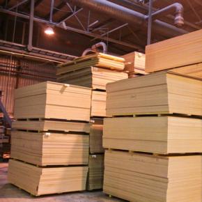 В 2020 г. вырос импорт лиственной фанеры в США