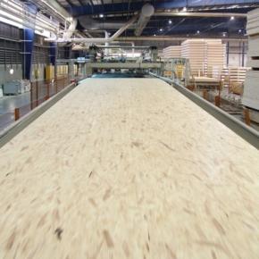 В России в январе-феврале 2021 г. растёт производство древесных плит