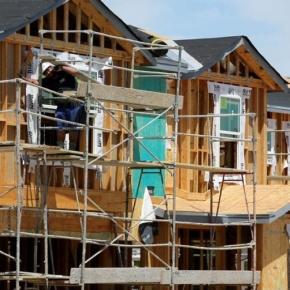 В марте 2021 г. резко выросло количество жилищного строительства в США