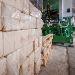 Петербургский комбинат «Свезы» произвел за год 4,3 тыс. т топливных брикетов RUF
